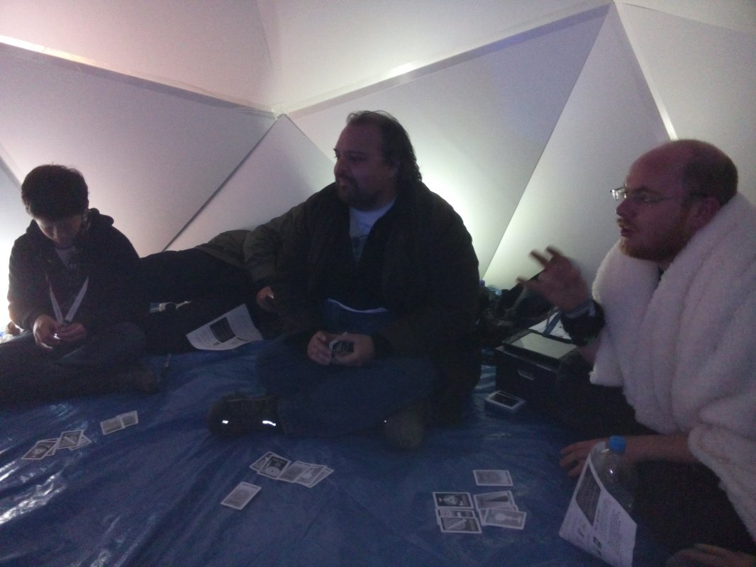 @leasless drafted more people for Nuclear Poker